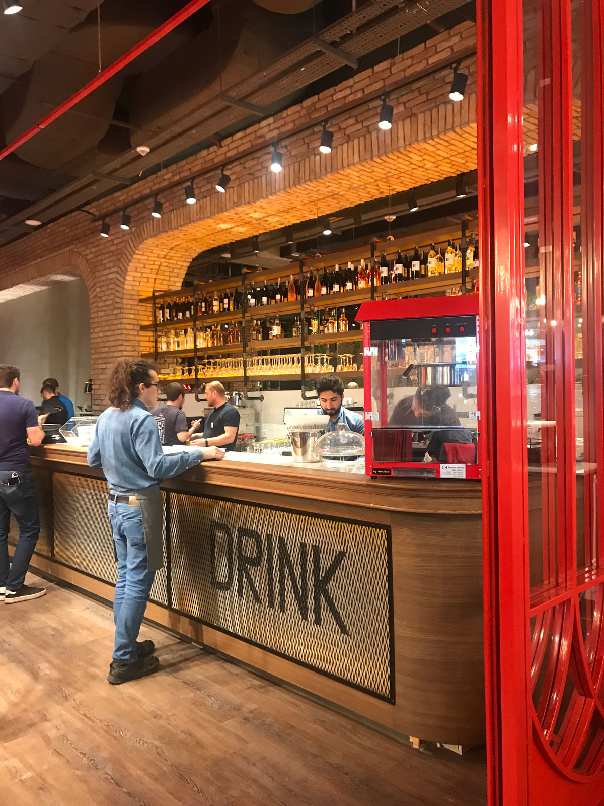 triomimarlik_izmir_bisquit_cafe_istanbul_2018_4